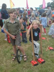circus skills cornbury festival