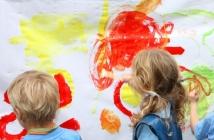 Little Artist: Big Painting - (c)Susie Hargreaves