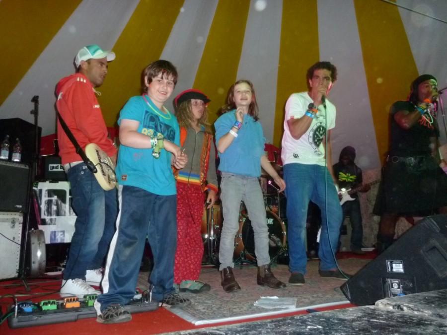 Laid Blak get the children up on stage