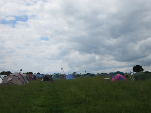 .. and towards the rest of the campsite.