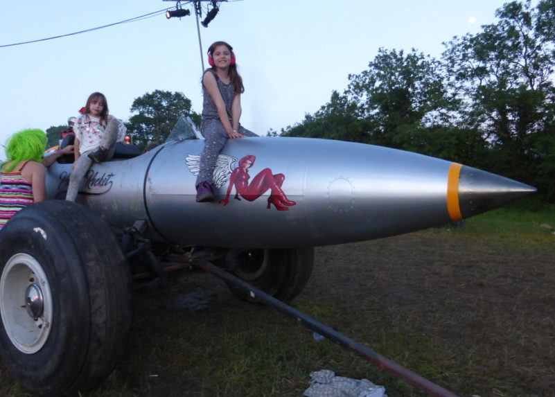 Climbing on rockets